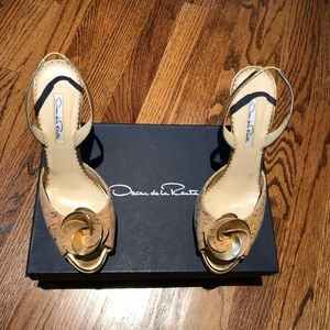 Like New Oscar de la Renta Slingbacks